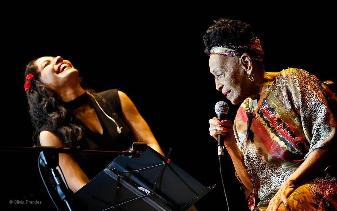 Haydeé Milanés y Omara Portuondo, Teatro Mella, La Habana, 20 de diciembre de 2017. Foto: Olivia Prendes.