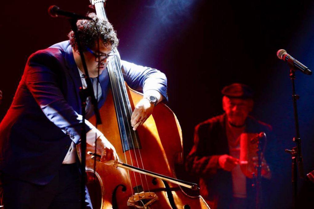 Gastón Joya y Enrique Lazaga en la sala Covarrubías del Teatro Nacional de Cuba, en el Festival Jazz Plaza 2019. Foto: Gabriel Guerra Bianchini.