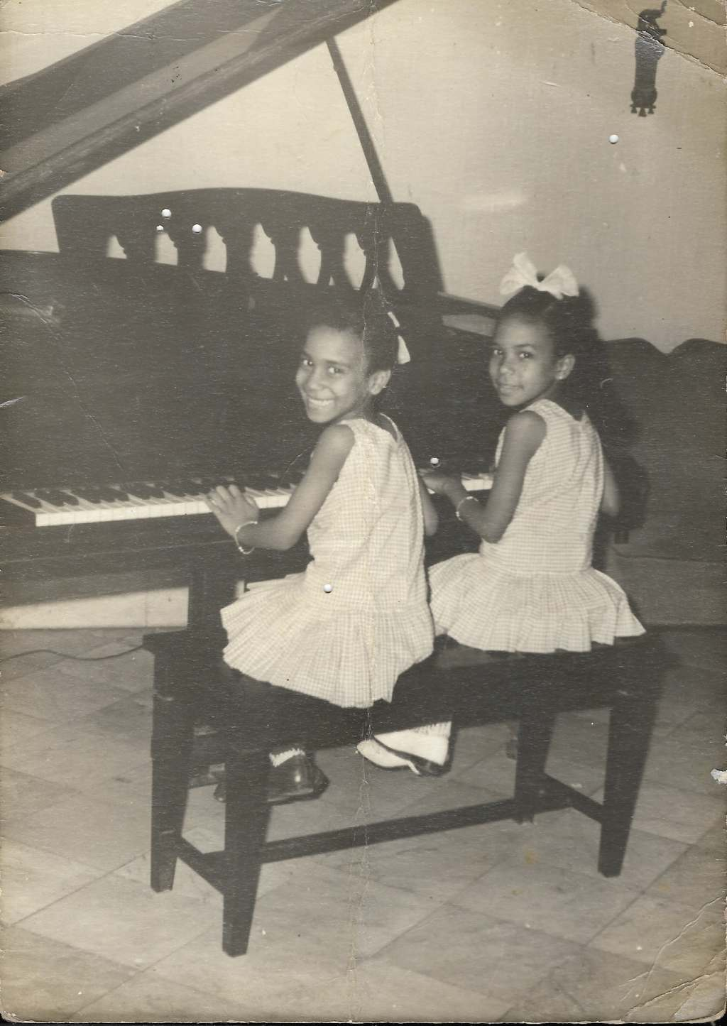 Aymée with her sister Lourdes. Photo: Courtesy of the interviewee.