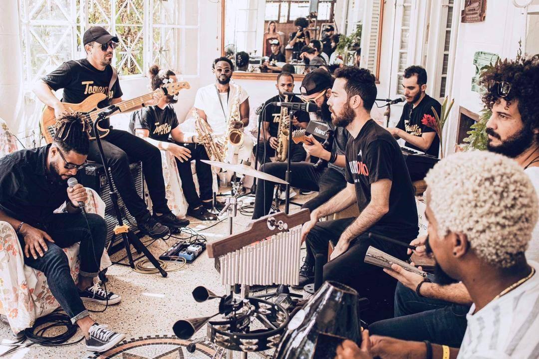 Toques del Río durante su presentación. Foto cortesía de la banda.