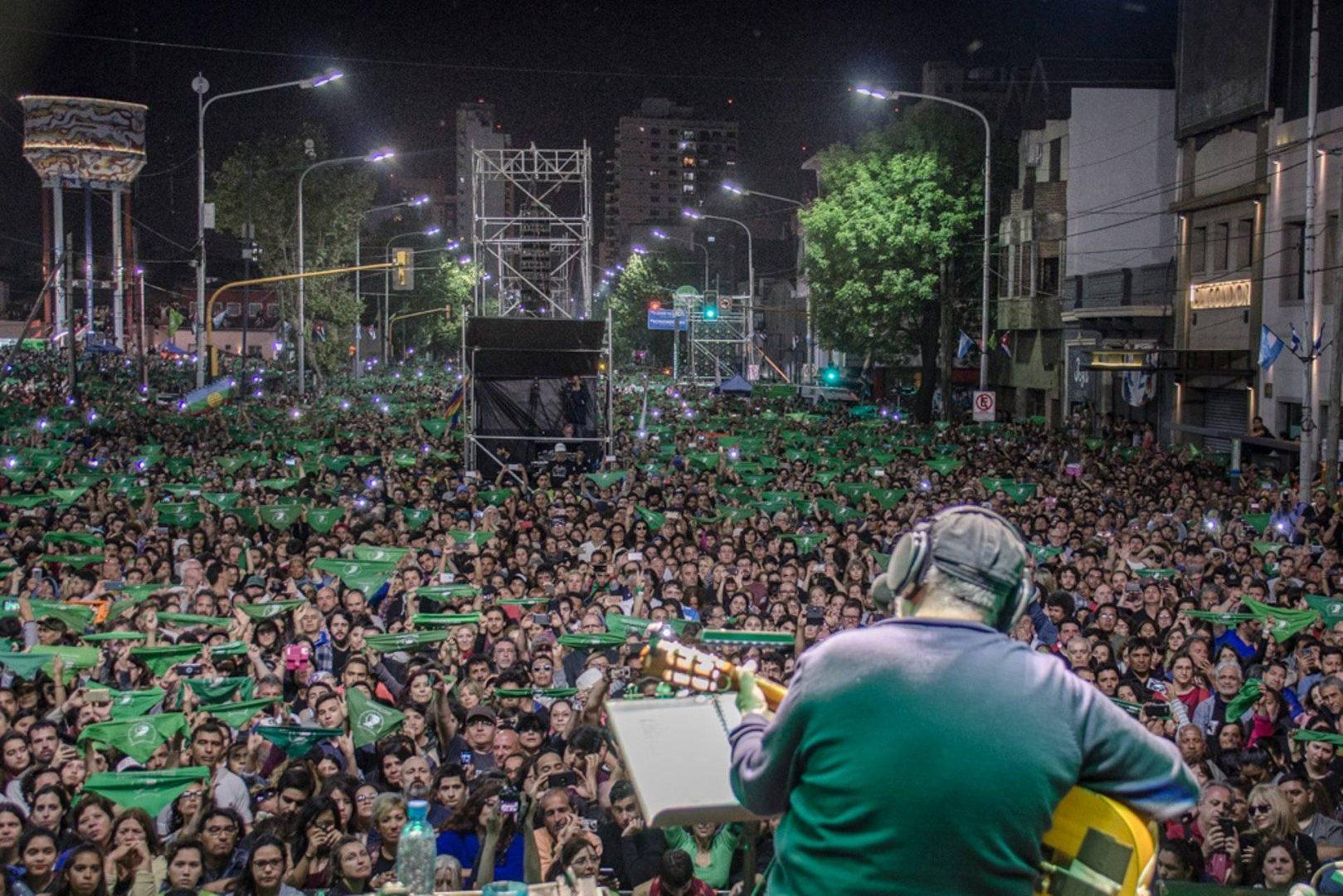 Silvio Rodríguez en Avellaneda. Foto: Kaloian Santos.